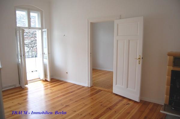 charmante 2 zimmer wohnung in bestlage sch neberg friedenau traum immobilien berlin. Black Bedroom Furniture Sets. Home Design Ideas