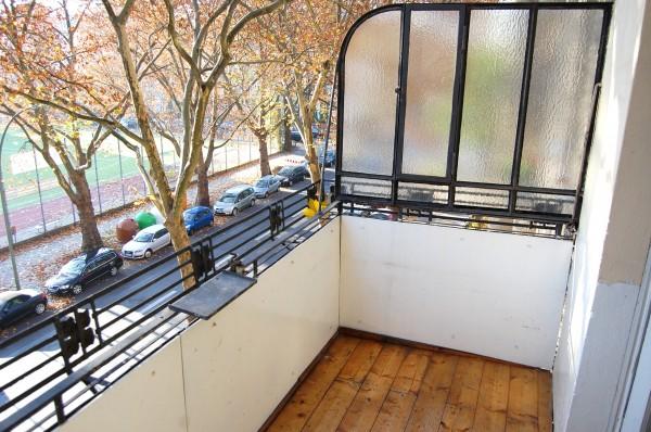 charmante 4 zimmer wohnung in berlin friedenau traum immobilien berlin. Black Bedroom Furniture Sets. Home Design Ideas