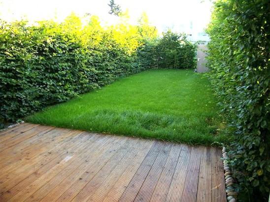 Exklusiv ausgestattes Reihenhaus mit Garten und 2 Terrassen in ...